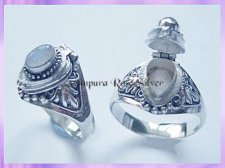 RG011 Poison Locket Ring - Rainbow Moonstone