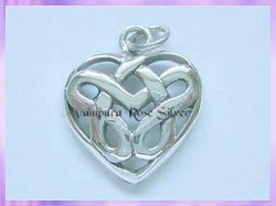 CP17-5 Celtic Heart Pendant
